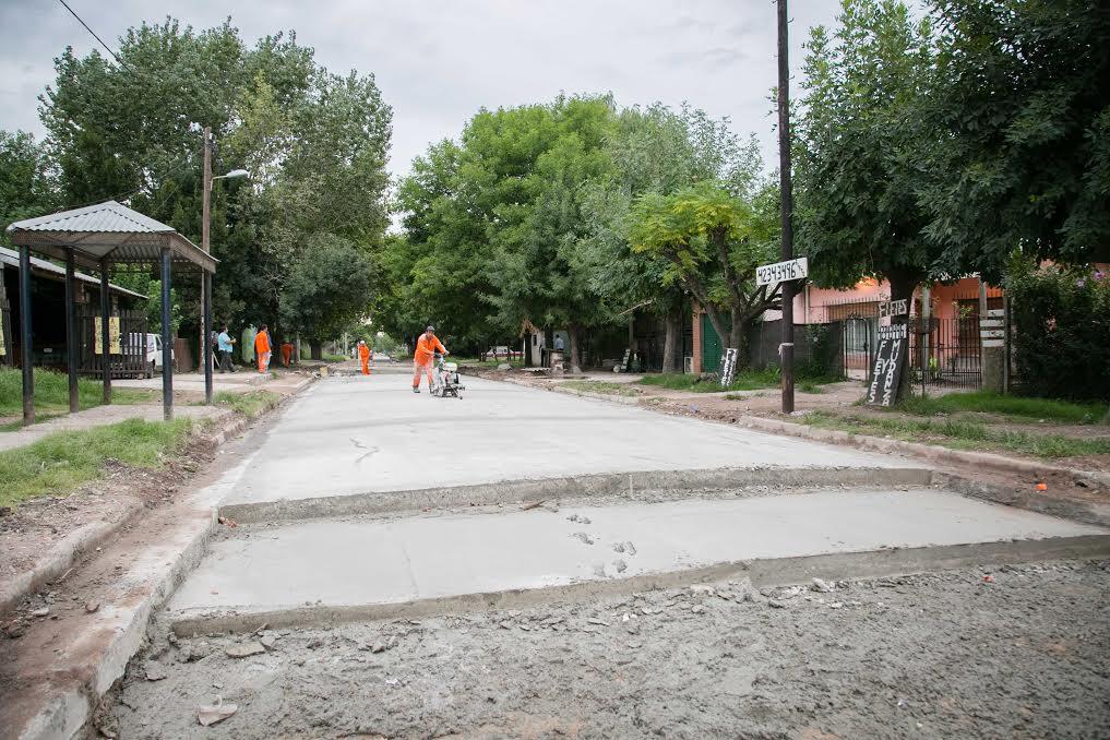 Recorriendo La Pavimentaci N De 52 Cuadras De Tierra En