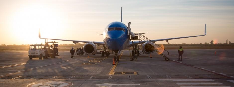 Inauguramos pista en el aeropuerto de Tucumán, que vuelve a ser internacional