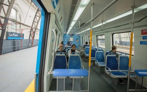 171012_llegada tren Roca a La Plata con pasajeros-12