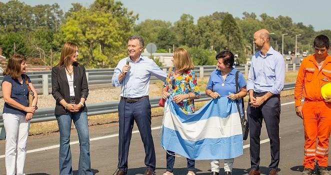 Nueva autopista 8: para los habitantes de la zona, un sueño hecho realidad.